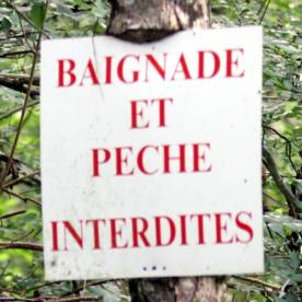 Baignade et pêche interdites